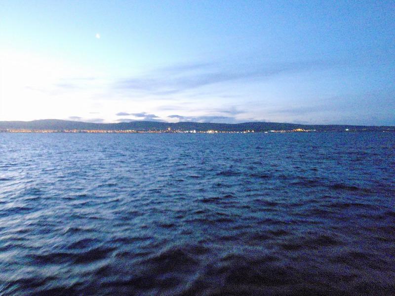 Hallo Festland