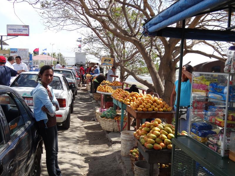Mangos am Hafen