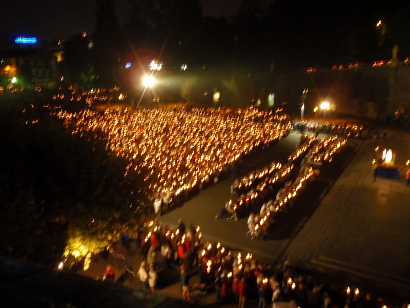 Prozession in Lourdes